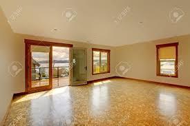 lage bright empty room with cork floor and balcony luxury