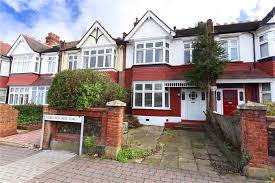 3 bedroom property for sale in wimbledon park road london sw18