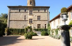 chambres d hotes chateau chambre d hôtes château de tanay à didier de formans dans l ain