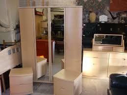 Beech Bedroom Furniture Stunning Light Beech Alstons Synergy 6 P C Bedroom Set In