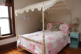 bedroom beige polished wooden bed with canopy using lace linen bedroom beige polished wooden bed with canopy using lace linen roof using white pink quilt and pillowcase combined with light blue wooden nightstand with