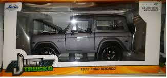 Ford Raptor Yellow - world famous classic toys diecast ford pickup trucks f 150 f 100