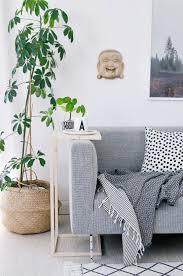 beistelltische wohnzimmer die besten 20 couch beistelltisch ideen auf pinterest