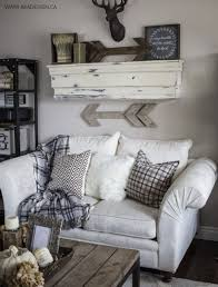 diy livingroom decor 17 easy diy decor for your living room on a budget wartaku net