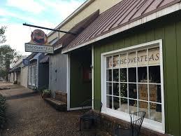discover teas closing williamsburg area store daily press