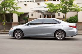 lexus es 350 vs toyota camry xle the 2017 toyota camry xle hybrid surprises with its competence and
