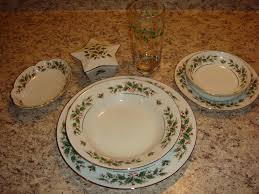 christmas dishes handy crafty woman christmas dishes