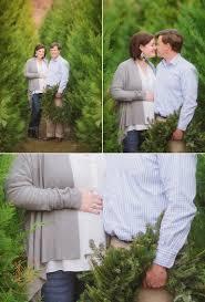 romantic winter maternity photography