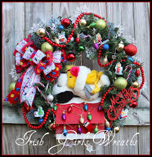 snoopy doghouse christmas decoration girl s wreaths where the difference is in the details