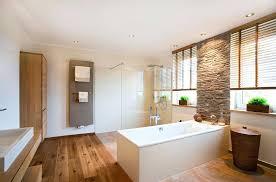 badezimmer mit holz waschtisch bad holz bad renovieren mit der schreinerei und