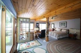 bernie sanders new house pictures photos see inside bernie sanders new house on a lake heavy com