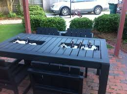Patio Furniture Pallets by Built In Cooler Patio Table Outdoor Dining Tutorials Pinterest