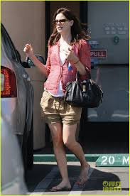 michelle monaghan visits the nail salon with willow photo 2896905