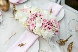 swooning over this gorgeous girly baby shower featured on 100