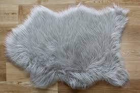 Silver Grey Rug Grey Faux Fur Rug Roselawnlutheran