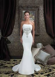 mermaid wedding dresses 2011 i this type of neckline and sleeves wedding dresses