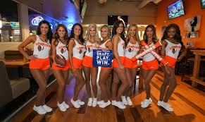 hooters news and press releases