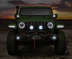 mopar jeep wrangler enhance your 2018 four door jeep wrangler rubicon with mopar