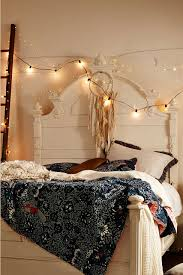 Bedrooms With Fairy Lights 45 Inspiring Ways To Decorate Your Home With String Lights
