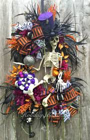 Halloween Mesh Wreaths by 328 Best Halloween Wreaths And Garland Images On Pinterest