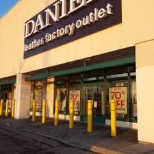 danier leather outlet danier leather leather goods 3175 hwy 7 e brown s corners