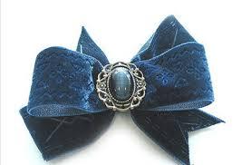 velvet bows how to make a velvet bow make hair bow barrette