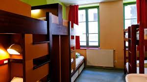chambre de jeunesse nuitée chambre confort petit déjeuner à l auberge de jeunesse lyon