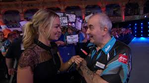 world matchplay darts phil taylor beats raymond van barneveld to