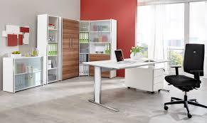 entrepot de produit de bureau mobilier de bureau fournitures de bureau et équipements pour entrepôt
