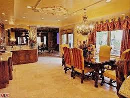Kris Jenner Bedroom Furniture Kaught You The Fake U0027keeping Up With The Kardashian U0027 Home Hits
