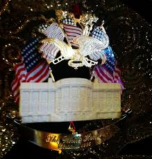 white house ornaments lights