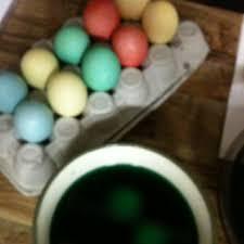 diy easter egg dye 3 cups warm water 4 tbs vinegar 20 drops