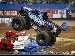monster truck jam chicago blue thunder monster jam pinterest monster jam and monster