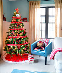 big house decorate it with christmas ribbons happy family guide