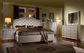 chrome queen bedroom sets with brown mattress and blanket