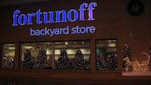 nyc s best stores for ornaments wreaths decorations