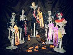 halloween trophies set of 3 many eyed party favors