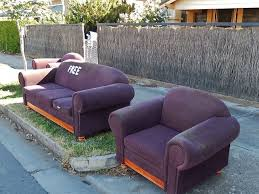 How Do I Get Rid Of My Old Sofa 5 Ways To Get Rid Of Unwanted Furniture Mnn Mother Nature Network