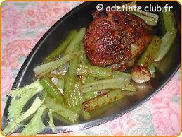 cuisiner celeri branche selle d agneau rôtie au céleri branche une recette de cuisine