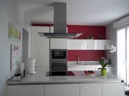 cuisine blanche et mur gris cuisine blanche et best cuisine with cuisine blanche et