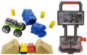 monster truck jam games play free online amazon com wheels monster jam crash and carry arena play set