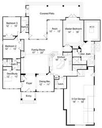 walk in closet floor plans awesome floor plan with master walk in closet and laundry