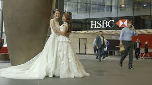 wedding dress korean 720p ceo of hsbc taiwan walks employee the aisle daily