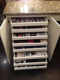 Bathroom Makeup Storage by Shallow Pullout Drawers For Makeup Jewelry U0026 Sunglasses Storage