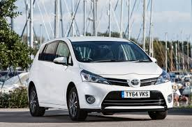 toyota verso toyota verso mpv 2014 pictures carbuyer