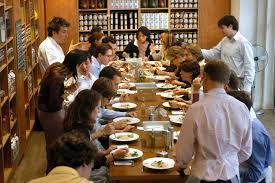 la cuisine des chefs d emploi l atelier des chefs recrute un chef