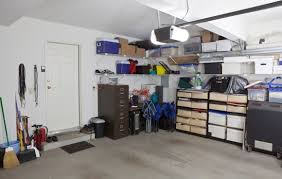 Cluttered House Is A Cluttered Garage Killing The Sale Of Your Home Sparefoot Blog
