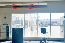 marlisse a cepeda recombobulation area why every airport needs one reader s digest