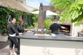 cuisine d été couverte la cuisine d été les hirondelles villa de vacances