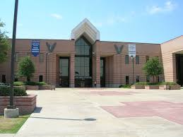 Makeup Classes In Dallas Allen High Texas Wikipedia